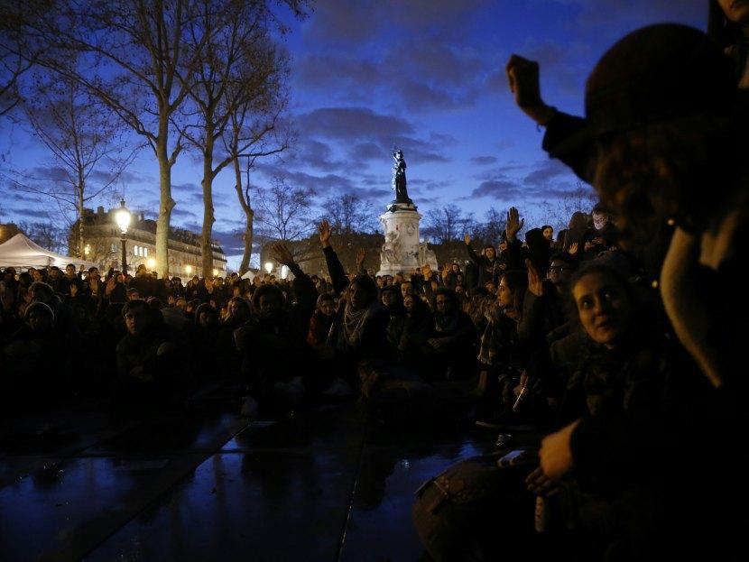 nuit-debout-paris-protest