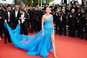 Blake Lively (1987), attrice e modella statunitense, sul red carpet del Festival di Cannes 2016