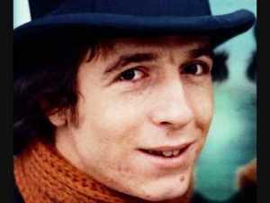 Salvatore Antonio Gaetano, in arte Rino Gaetano, (1950-1981) è stato uno fra i più celebri cantautori italiani