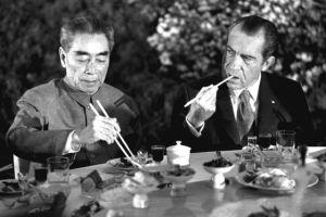 La visita del Presidente Richard Nixon in Cina nel 1972 fu un importante passo nella normalizzazione delle relazioni tra gli Stati Uniti e la Repubblica Popolare
