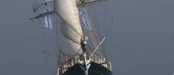 Il Brigantino di capitan Willelm diventa nave della solidarietà