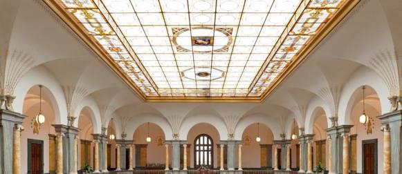 """""""Invito a Palazzo"""": le banche aprono al pubblico i loro scrigni"""
