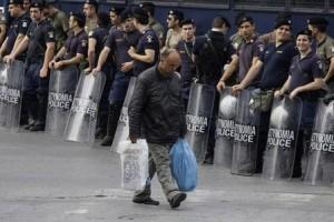 caos-in-grecia