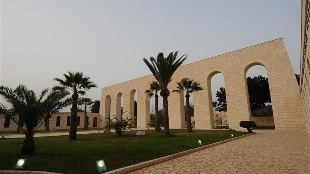 Tensione Italia-Libia: devastato cimitero italiano a Tripoli (02 nov 2015)