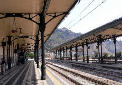 Già deserta la Stazione di Taormina-Giardini