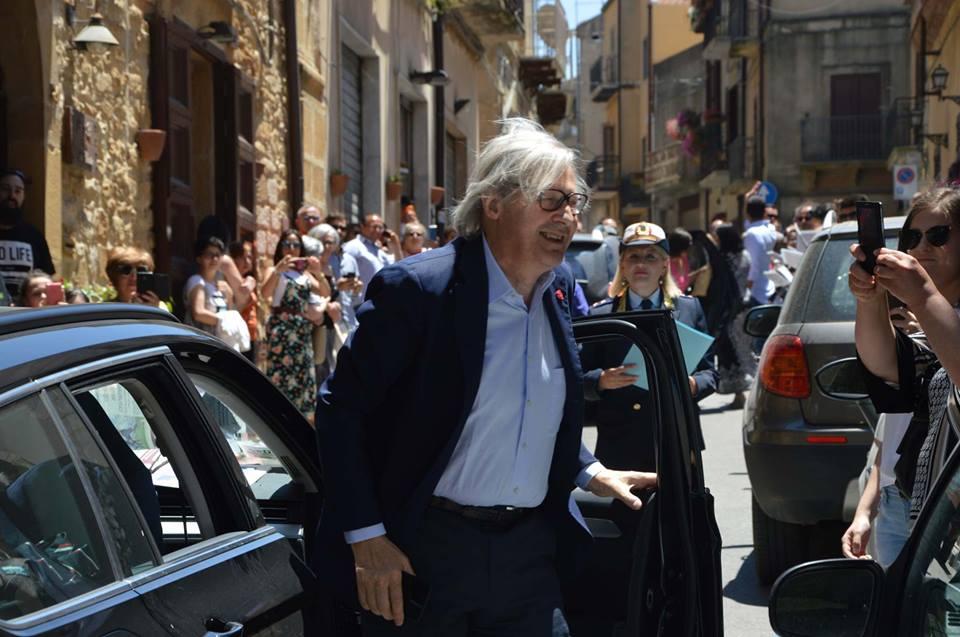 Vittorio Sgarbi cittadino di Calascibetta