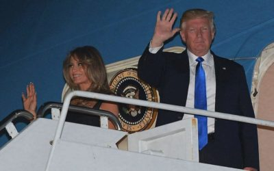 Melania e Donald Trump a Sigonella