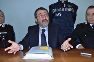 """Brindisi, il procuratore Marco Dinapoli: """"L'esplosione azionata da telecomando"""""""