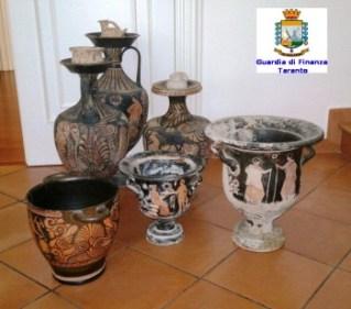 Reperti sequestrati archeologici Laterza