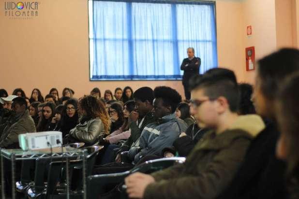 """""""Manduria che accoglie …"""" XIV settimana europea contro il razzismo"""