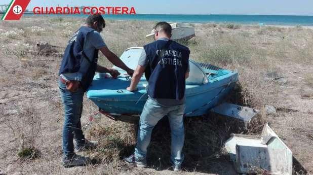 Operazione della Guardia Costiera di Taranto: scoperto rimessaggio abusivo natanti