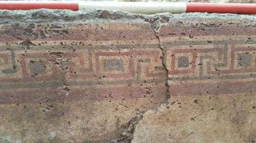 Rinvenimento archeologico a Manduria di una tomba a fossa rettangolare con controfossa