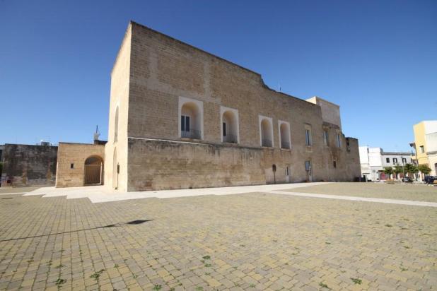 Fortezze e Castelli di Puglia: Il Palazzo Marchesale di Arnesano