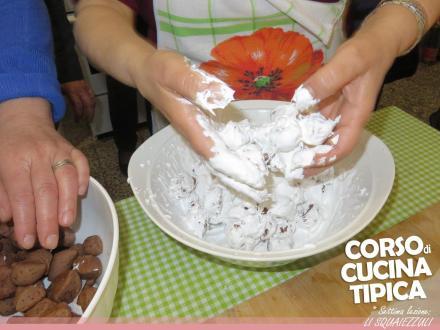 """Grande apprezzamento per il """"Corso di Cucina Tipica"""" organizzato dalla Pro Loco Maruggio"""
