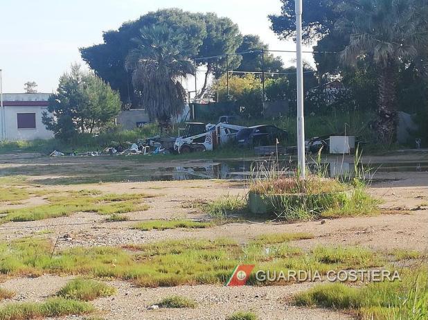 Maxi operazione della Guardia Costiera a tutela dell'ambiente