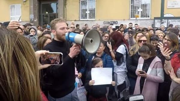 La storia di Antonio Piccirillo, il figlio di un camorrista sceso in piazza a Napoli per dire no alla camorra