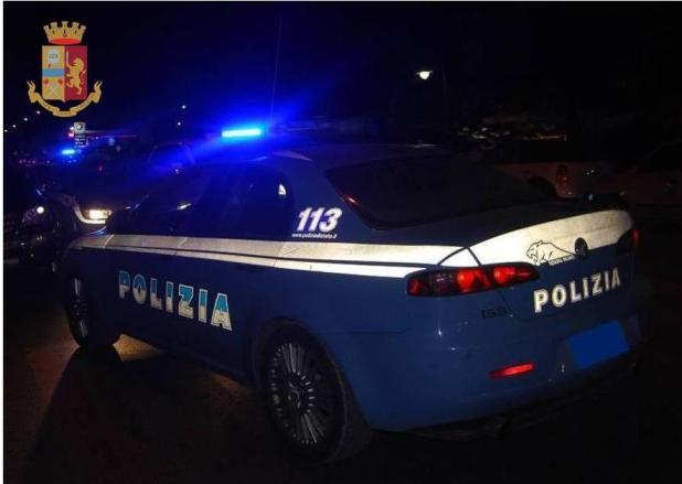 Aspirante suicida aggredisce i poliziotti, denunciato 52enne per resistenza a Pubblico Ufficiale