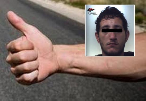 Evade daidomiciliari e viene riconosciuto dai carabinieri mentre fa l'autostop. In manette un 23enne