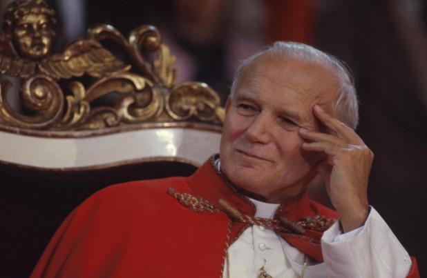 Andiamo verso il centenario della nascita di san Giovanni Paolo II.  Il papa poeta e scrittore che scrisse la mistica moderna