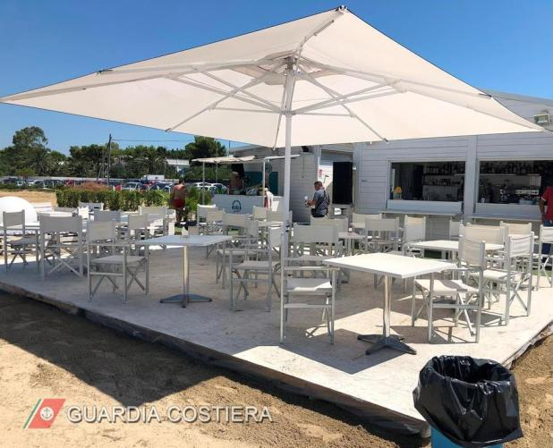 La Guardia Costiera di Taranto sequestra opere abusive in un noto stabilimento balneare di San Vito