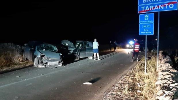 Tragico incidente sulla Oria- Manduria, un morto e diversi feriti gravi