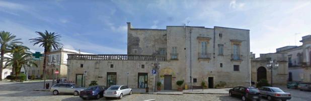 Fortezze e Castelli di Puglia: IlCastello Guarini di Poggiardo