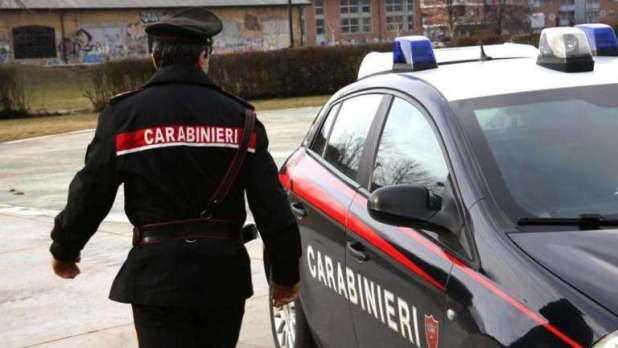 Manduria (TA): Controllo straordinario del territorio: 1 persona arrestata, 6 denunce a piede libero e 2 segnalati all'U.T.G. di Taranto quali assuntori di droga.
