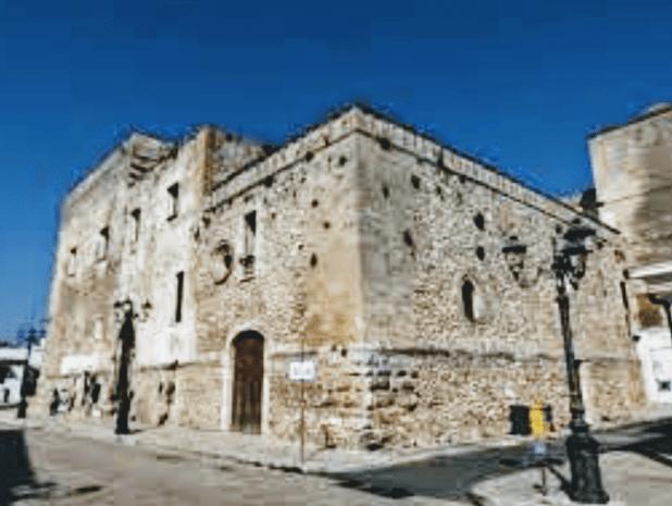 Fortezze e Castelli di Puglia: Il Palazzo Marchesale di Laterza