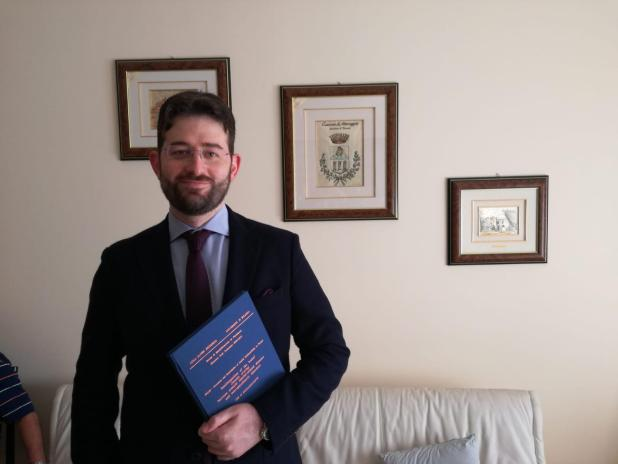 Eccellenze maruggesi all'estero. Congratulazioni al giovane dott. Giuseppe Fanelli