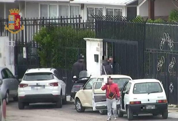 """Operazione """"JAPAN"""": estorsioni, droga e armi da guerra. 17 arresti a Taranto"""