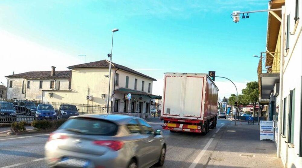 Veneto Strade, cantiere in Feltrina: «Tratto chiuso fino a settembre»