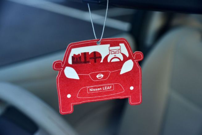 Nissan-Leaf-air-freshener