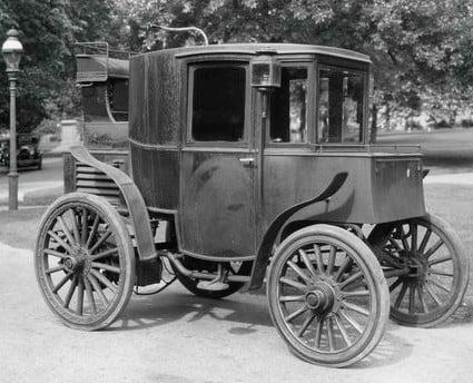 La Riker Electric de 1900, l'un des premiers véhicules électriques au monde.