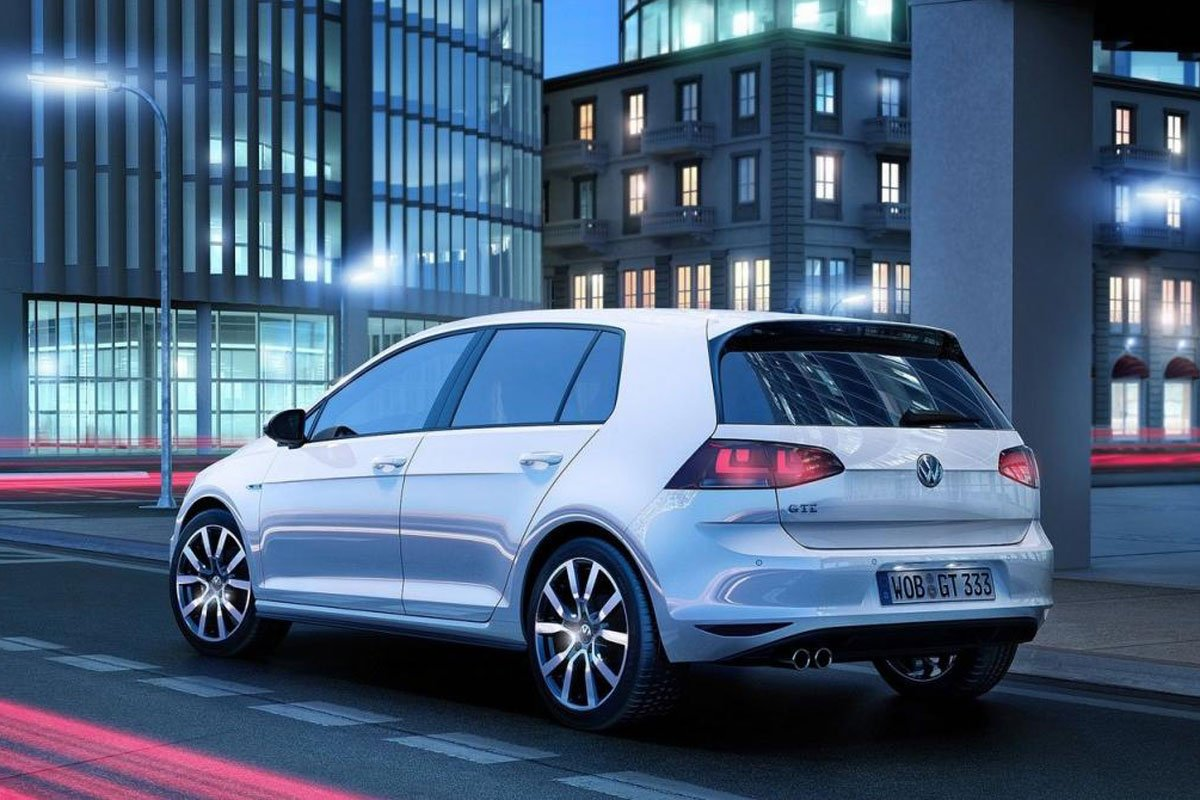 volkswagen golf gte voiture hybride essais prix. Black Bedroom Furniture Sets. Home Design Ideas