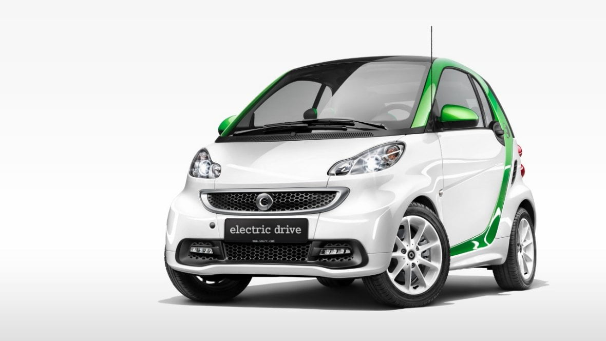 smart fortwo electric drive voiture lectrique essais. Black Bedroom Furniture Sets. Home Design Ideas