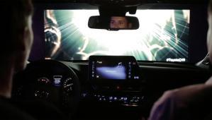 Toyota : une tournée de star pour son nouveau Crossover hybride C-HR