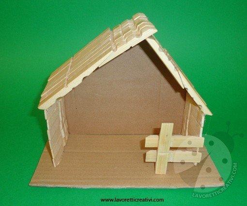 Come realizzare la capanna del presepe for Costruire una semplice capanna di legno