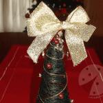 Albero di Natale con filo da cucito