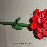 Rosa realizzata con la pigna