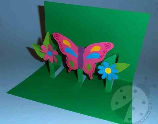 Biglietto pop up con fiori e farfalla 7
