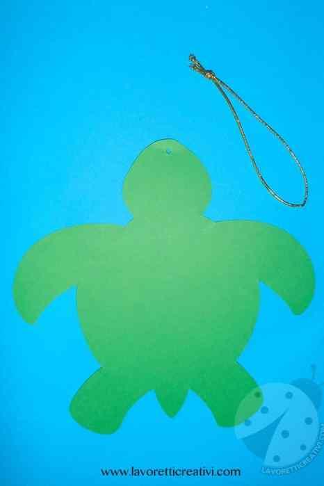 Tartaruga marina con riciclo CD
