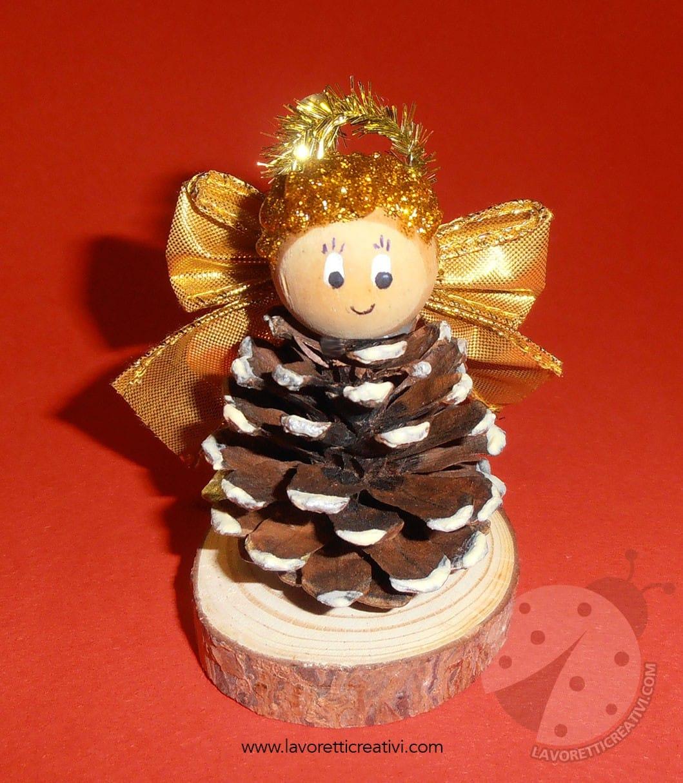 Un lavoretto natalizio con le pigne adatto ai bimbi più creativi! Angelo Di Natale Con Pigna Lavoretti Creativi