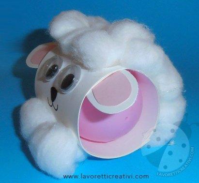 Lavoretti per bambini Pecorella pasquale con ovetto