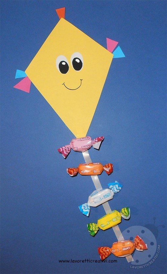 Idee Lavoretti Accoglienza Aquiloni con caramelle