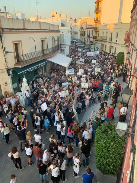 Manifestación contra la situación educativa / LVA