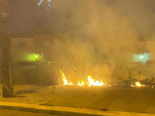 Incendio entorno Avenida de la Unión Europea / Lva