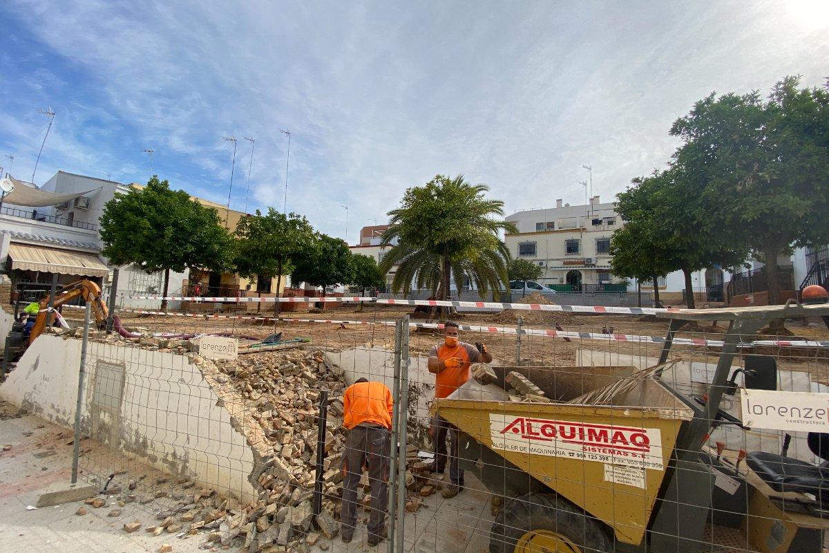 Obras de reurbanización de la plaza Matilda Mantecón