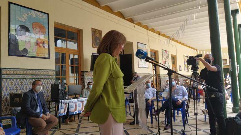 Olga Duarte en la presentación de 'Tres décadas contando Alcalá' / Lva