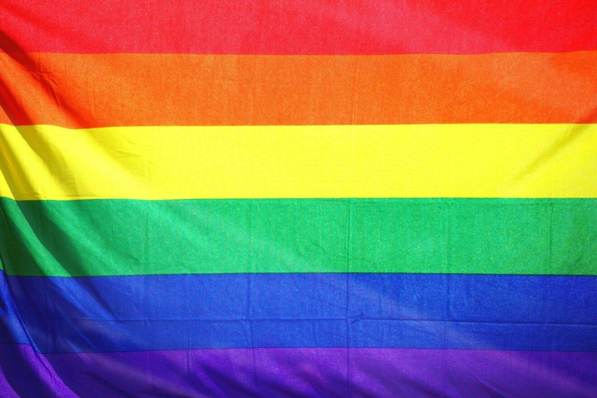 BANDERA LGBTQIA+
