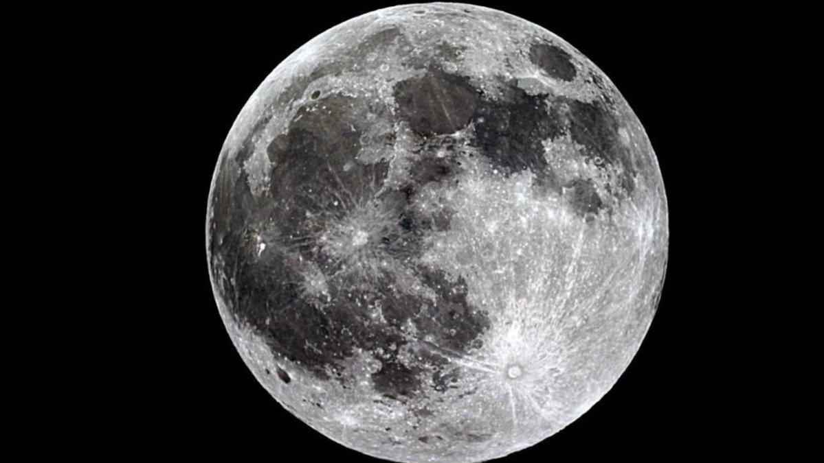 Superluna de Fresa